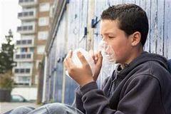 Виды токсикомании, причины, лечение, последствия